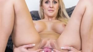 Her First Porn Experience Ever! Czechvr Jessica Hunter vr porn video vrporn.com