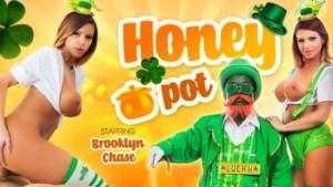 Honey Pot VR Bangers Brooklyn Chase vr porn video vrporn.com virtual reality