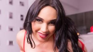 Shemale-Happy-Valentine's-Day-VirtualRealTrans-Big-Johnny-Holly-Harlow-vr-porn-video-vrporn.com-virtual-reality